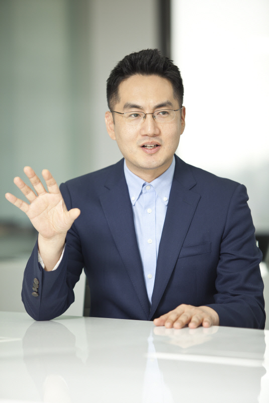 허윤호 대표이사 (2)