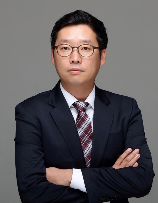 정인혁 상무