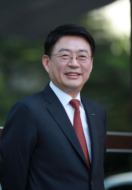 한국투자금융지주 이강행 사장