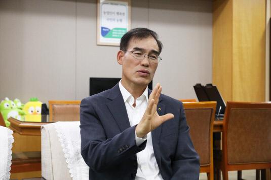 남영수 부행장님 인터뷰 사진1