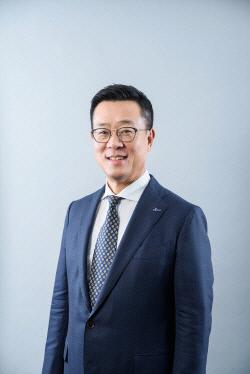 [크기변환]정문국_오렌지라이프 사장